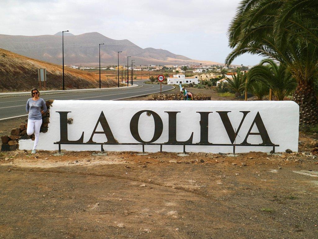 Entrada a La Oliva