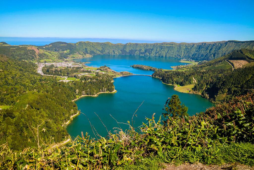 Lagoa Sete Cidades desde Mirador Vista do Rei en São Miguel
