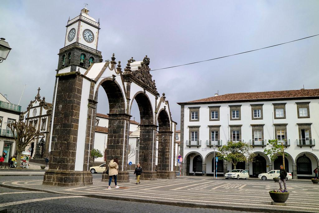 Portas de la ciudad de Ponta Delgada es una visita imprescindible