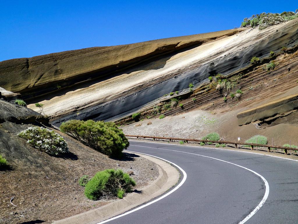 Curva de la Tarta en el Parque Nacional del Teide