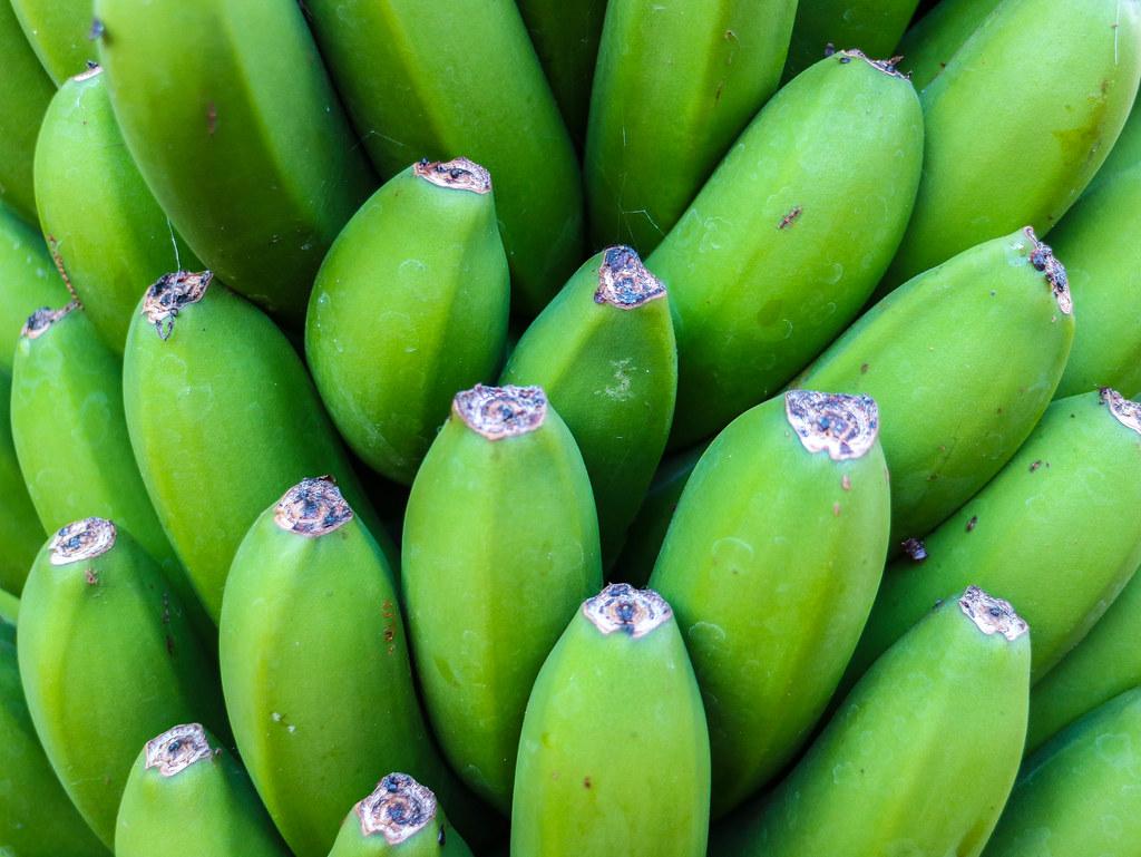 Plátano de Canarias sin madurar