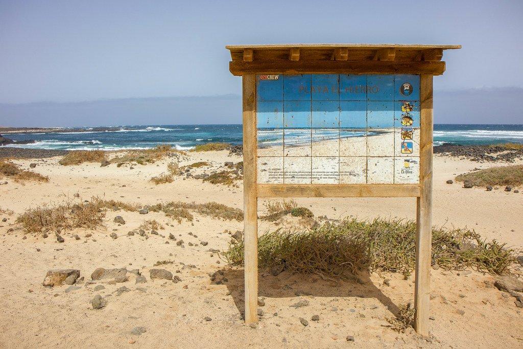 Cartel Playa El Hierro