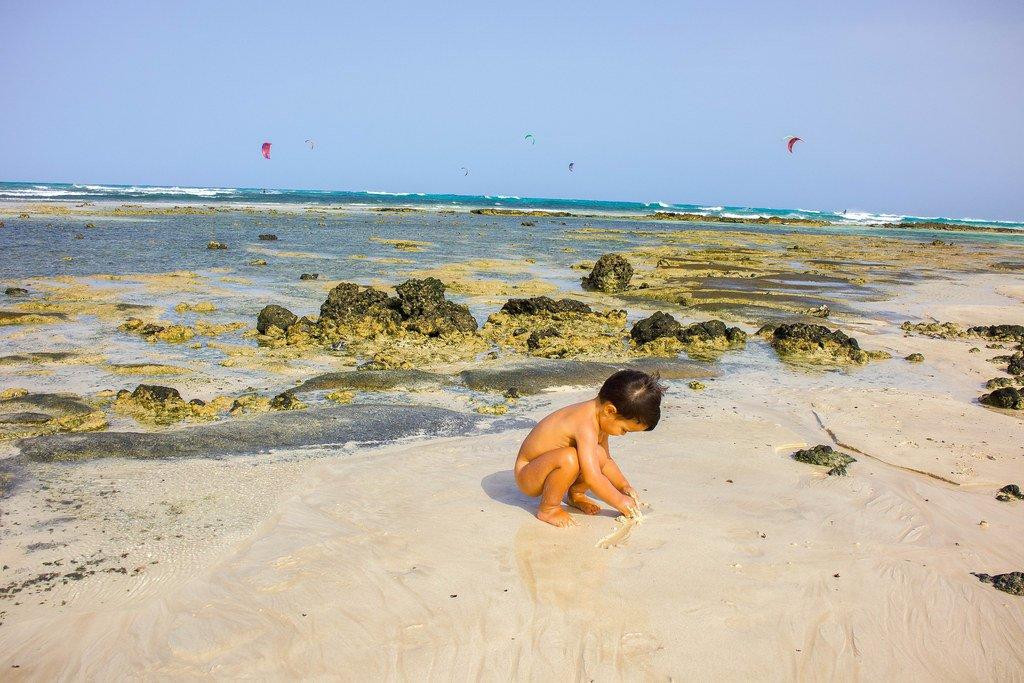 Charcos en playa El Pozo en Fuerteventura